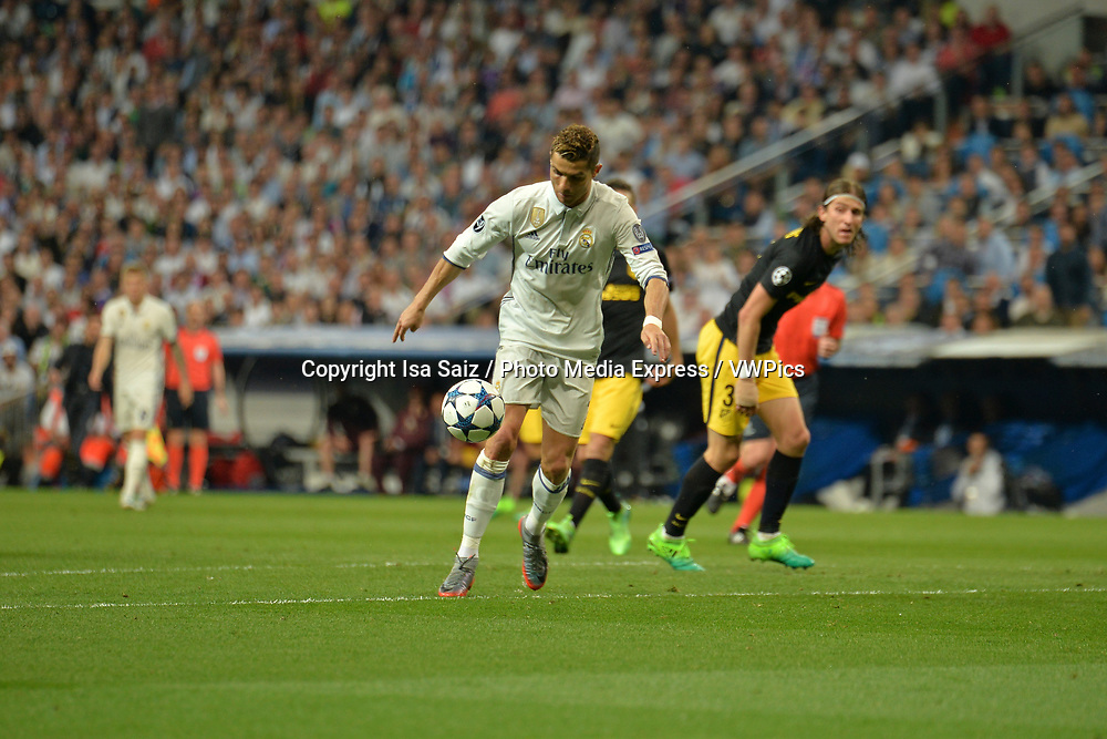 May 2, 2017- Madrid, Spain. Cristiano Ronaldo previous to shoot on goal to score 2-0. UEFA Champions League semi-final first leg. Real Madrid defeated Atletico de Madrid 3-0 with a hat-trick scored by Cristiano Ronaldo (10, 73 and 86 min). Santiago Bernabéu Stadium, Madrid, Spain. Photo by Isa Saiz | PHOTO MEDIA EXPRESS