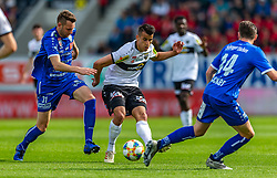 18.05.2019, Cashpoint Arena, Altach, AUT, 1. FBL, Cashpoint SCR Altach vs TSV Prolactal Hartberg, Qualifikationsgruppe, 31. Spieltag, im Bild Zweikampf Thomas Rotter, (TSV Prolactal Hartberg) und Manfred Fischer (SCR Altach) // during the tipico Bundesliga qualification group 31st round match between Cashpoint SCR Altach and TSV Prolactal Hartberg at the Cashpoint Arena in Altach, Austria on 2019/05/18. EXPA Pictures © 2019, PhotoCredit: EXPA/ Peter Rinderer