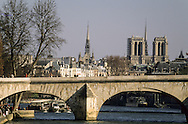 France. Paris. Caroussel bridge on the seine river / pont du Caroussel