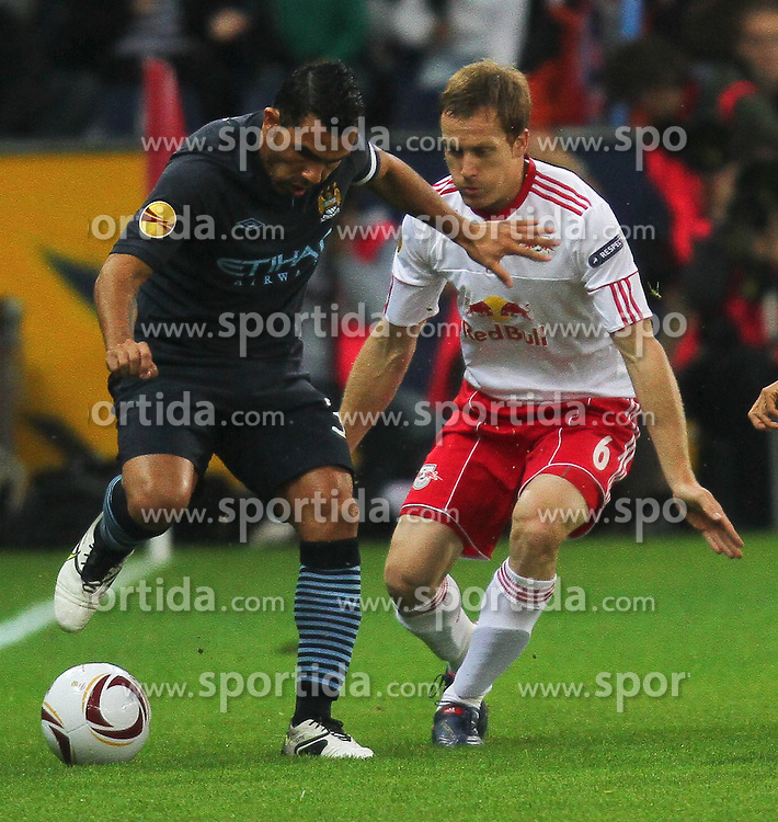 16.09.2010, Red Bull Arena, Salzburg, AUT, UEFA EL, Red Bull Salzburg vs Manchester City, im Bild Wayne Bridge, (Manchester City, #03), Christian Schwegler, (FC Red Bull Salzburg, Verteidiger, #06), EXPA Pictures © 2010, PhotoCredit: EXPA/ D. Scharinger / SPORTIDA PHOTO AGENCY