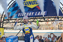 October 7, 2018 - Dover, Delaware, United States of America - Chase Elliott (9) takes the checkered flag and wins the Gander Outdoors 400 at Dover International Speedway in Dover, Delaware. (Credit Image: © Justin R. Noe Asp Inc/ASP via ZUMA Wire)