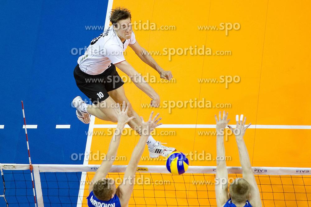 24.06.2011, Max Schmeling Halle, Berlin, GER, FIVB World League, Vorrunde Pool B, Deutschland (GER) vs Russland (RUS), im Bild Jochen Schoeps (#10 GER / Odintsovo RUS) // during FIVB World League game, Germany vs Russia, at Max Schmeling Halle, Berlin, 2010-06-24, EXPA Pictures © 2011, PhotoCredit: EXPA/ nph/  Kurth       ****** out of GER / SWE / CRO  / BEL ******