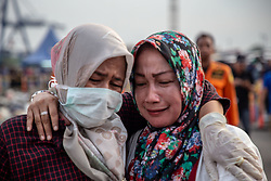 October 31, 2018 - North Jakarta, Jakarta, Indonesia - Family members visit the harbor to identify belongings of their family members who died aboard the Indonesian jetliner that went down minutes after takeoff.  (Credit Image: © Donal Husni/ZUMA Wire)