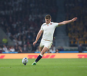 England's Fly Half Owen Farrell scoring a penalty to take the score 20 13 during the Rugby World Cup Pool A match between England and Australia at Twickenham, Richmond, United Kingdom on 3 October 2015. Photo by Matthew Redman.