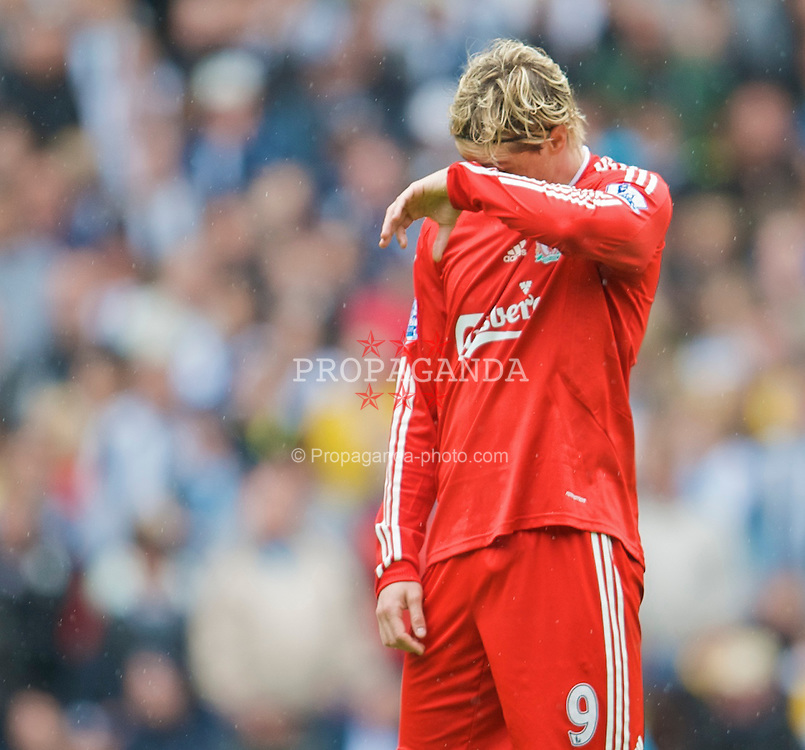 WEST BROMWICH, ENGLAND - Sunday, May 17, 2009: Liverpool's Fernando Torres during the Premiership match against West Bromwich Albion at the Hawthorns. (Photo by David Rawcliffe/Propaganda)