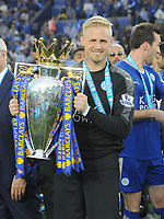 Football - 2015 / 2016 Premier League - Leicester City vs. Everton<br /> <br /> Kasper Schmeichel with the trophy at the King Power Stadium.<br /> <br /> COLORSPORT/ANDREW COWIE