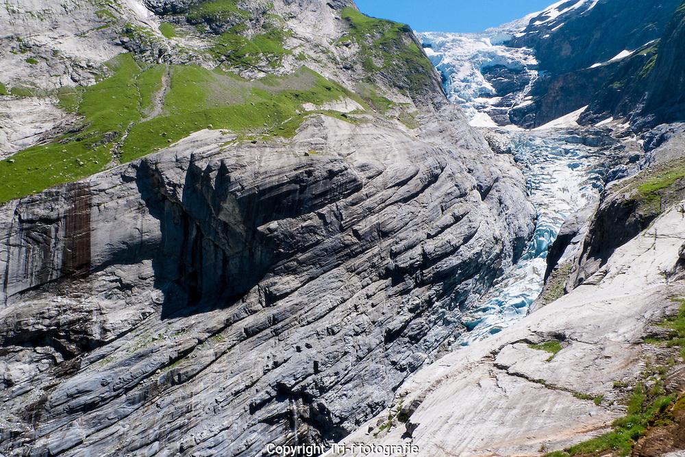 Oberer Grindelwaldgletscher tief in Gletscherslucht