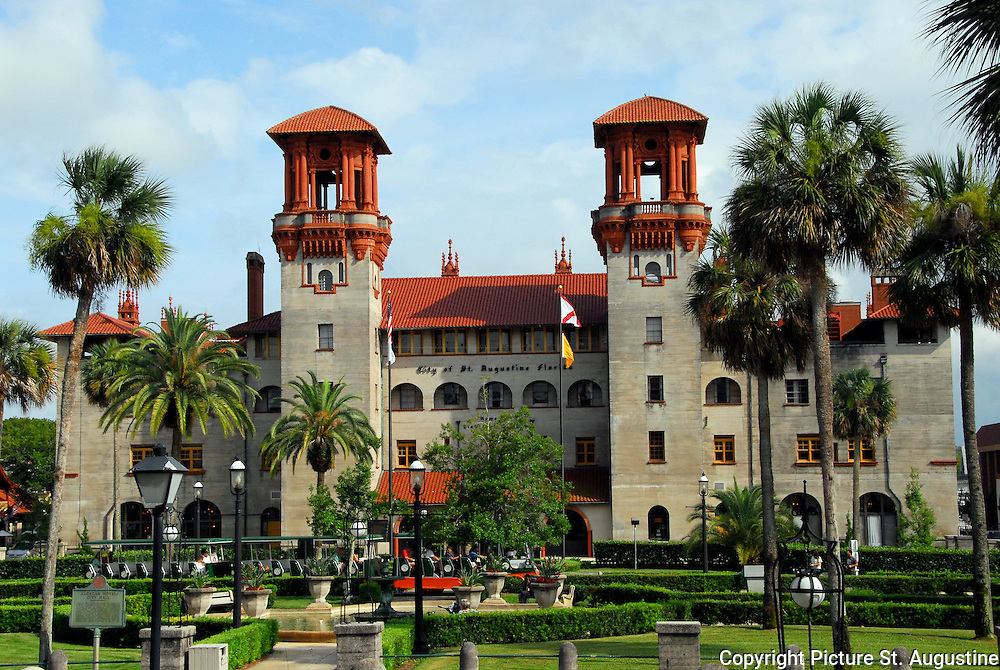 A photograph of the St. Augustine City Hall/The Lightner Museum bathed in sunlight on a summer afternoon.