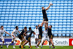 Jack Willis of Wasps wins the ball at a line out - Mandatory by-line: Robbie Stephenson/JMP - 12/10/2019 - RUGBY - Ricoh Arena - Coventry, England - Wasps v Worcester Warriors - Premiership Rugby Cup