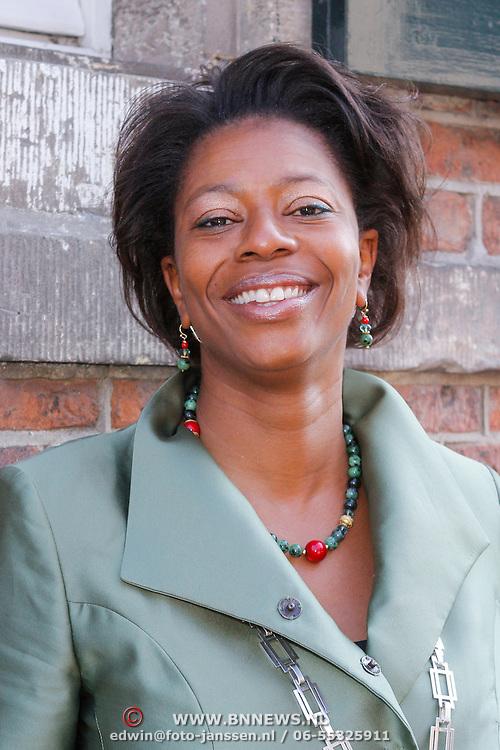 NLD/Naarden/20120406 - Mattheus Passion 2012 Naarden, burgemeester Joyce Sylvester