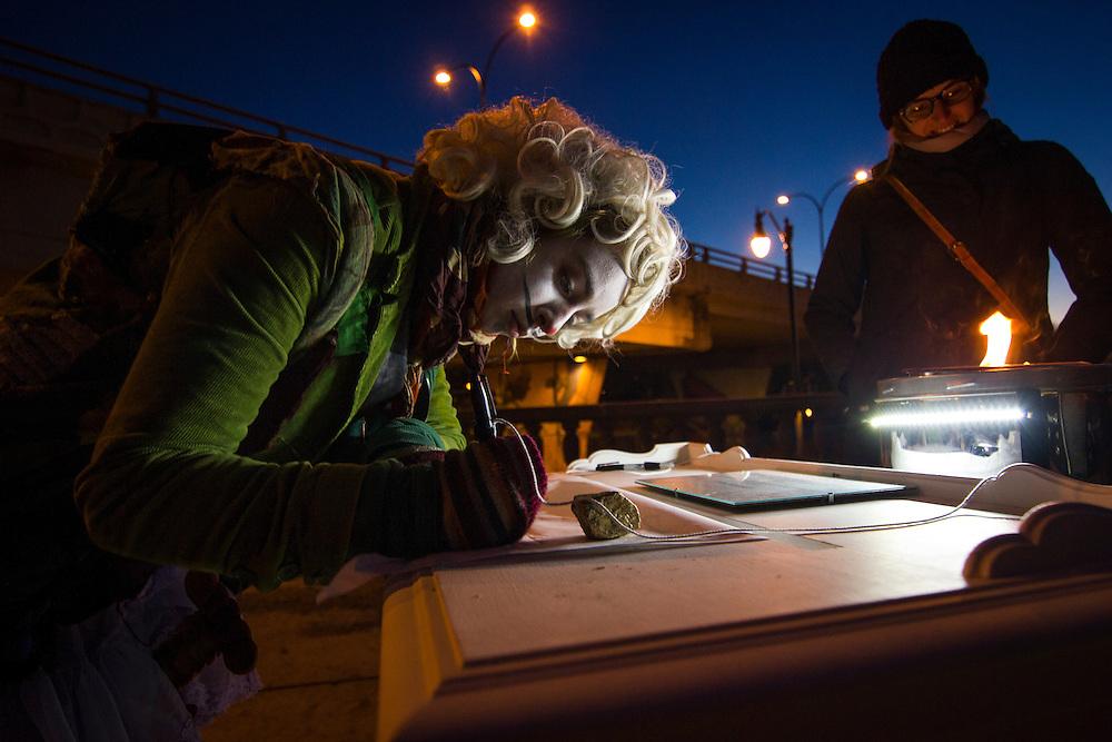 Les installations, Sous le viaduc Van Horne à l'angle de Saint-Laurent, Samedi le 17 octobre 2015
