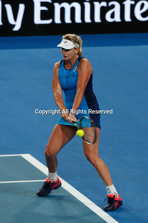 07.01.2017. Perth Arena, Perth, Australia. Mastercard Hopman Cup International Tennis tournament. Coco Vandeweghe (USA) plays a backhand shot against Kristina Mladenovic during the Final. Vandeweghe won 6-4, 5-7.