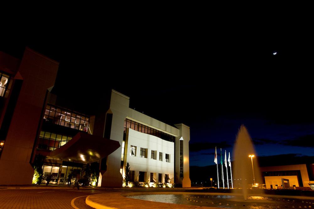 Nova Lima_MG, Brasil...Fundacao Dom Cabral (FDC), campus Aloysio Faria, Alphaville em Nova Lima, Minas Gerais...Fundaçao Dom Cabral (FDC), a Brazilian business school, campus Aloysio Faria,  Nova Lima, Minas Gerais...Foto: MARCUS DESIMONI / NITRO