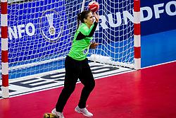 06-12-2019 JAP: Serbia - Slovenia, Kumamoto<br /> last match groep A at 24th IHF Women's Handball World Championship. / Maja Vojnovic #16 of Slovenia