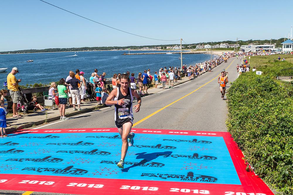 41st Falmouth Road Race: Dan Gordon