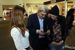 SGARBI CHIEDE ED OTTIENE IL NUMERO DI TELEFONO DELLE RAGAZZE<br /> FERRARA 27-03-2014<br /> FOTO FILIPPO RUBIN