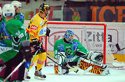 Goalkeeper Norm Maracle at ice hockey match of 8th Round of EBEL League between Vienna Capitals and HDD Tilia Olimpija,  on October 2, 2009, Arena Alberta Schultza, Wien, Austria. Vienna won 4:1.  (Photo by Marko Kovic / Sportida)