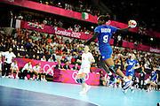 DESCRIZIONE : Handball Jeux Olympiques Londres Quart de Finale<br /> GIOCATORE : Boudouin Paule FRA<br /> SQUADRA : France Femme<br /> EVENTO : FRANCE Handball Jeux Olympiques<br /> GARA : France Montenegro<br /> DATA : 08 08 2012<br /> CATEGORIA : handball Jeux Olympiques<br /> SPORT : HANDBALL<br /> AUTORE : JF Molliere <br /> Galleria : France JEUX OLYMPIQUES 2012 Action<br /> Fotonotizia : France Handball Femme Jeux Olympiques Londres Quart de Finale Copper Box<br /> Predefinita :