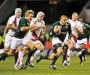 Twickenham, GREAT BRITAIN, SA.'s Brian HABANA, running with the ball, during the second half of the Investec Challenge Series, England vs South Africa  [RSA], Autumn Rugby International at Twickenham Stadium, Surrey on Sat 22.11.2008 [Photo, Peter Spurrier/Intersport-images]