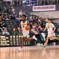 3rd year forward Shaquille Harris (6) of the Regina Cougars during the Men's Basketball home game on January 5 at Centre for Kinesiology, Health and Sport. Credit: Arthur Ward/Arthur Images
