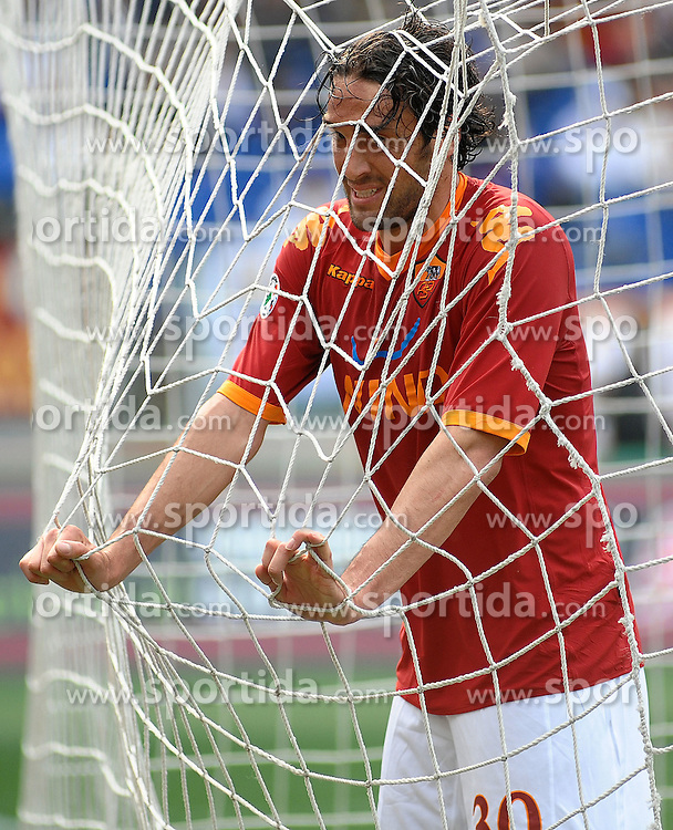11.04.2010, Stadio Olimpico, Roma, ITA, Serie A, AS Rom vs Atalanta Bergamo, im Bild luca toni (roma). EXPA Pictures © 2010, PhotoCredit: EXPA/ InsideFoto/ massimo oliva / SPORTIDA PHOTO AGENCY
