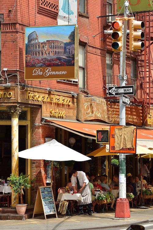 Mulberry Street, Little Italy, Manhattan, USA