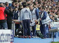 Photo: Lee Earle.<br /> Reading v Chelsea. The Barclays Premiership. 14/10/2006. Chelsea keeper Petr Cech is stretchered off after his injury.
