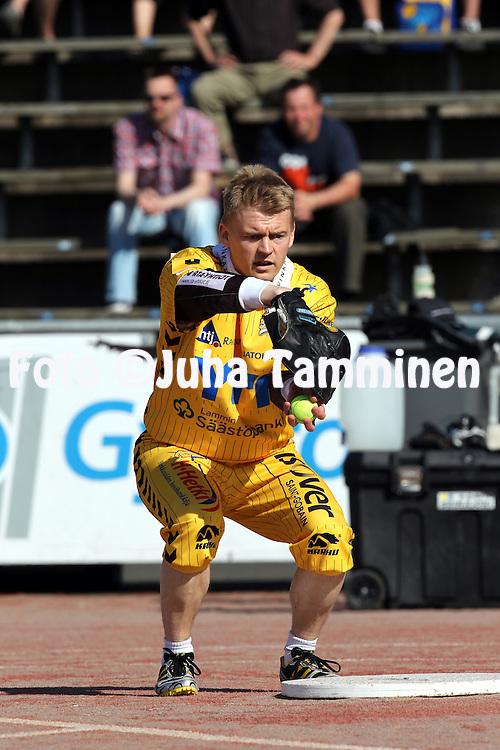 5.6.2011, Pihkala, Hyvink??..Superpesis 2011, Hyvink??n Tahko - Nurmon Jymy..Taneli Rantatorikka - Tahko.