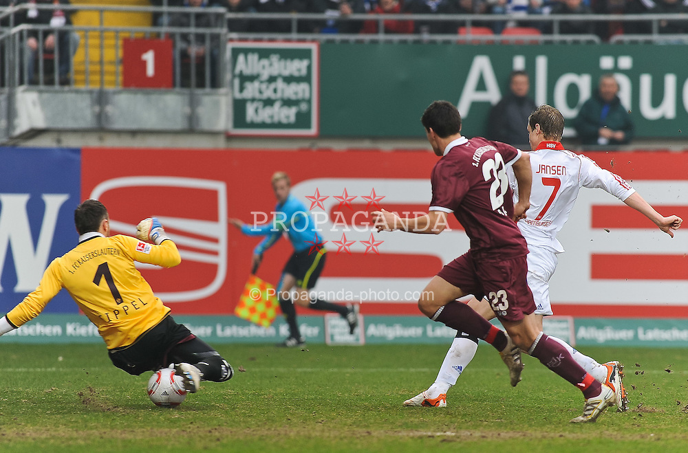 26.02.2011, Fritz-Walter Stadion, Kaiserslautern, GER, 1. FBL, 1.FC Kaiserslautern vs Hamburger SV, im Bild Tor 1:1 durch Marcell Jansen (Hamburg #7), Tobias SIPPEL (Kaiserslauern #1 GER) und Florian DICK (Kaiserslauern #23 GER) sind machtlos, EXPA Pictures © 2011, PhotoCredit: EXPA/ nph/  Roth       ****** out of GER / SWE / CRO  / BEL ******