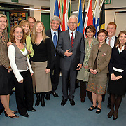 NLD/Den Haag/20070412 - Visit of president of the European Parliament to The Hague, Mr. Hans-Gert Pottering meets the staff of the European Parliament office The Hague, groupphoto..NLD/Den Haag/20070412 - President Europees Parlement Hans-Gert Pöttering bezoekt Den Haag, ontmoeting met personeel van het Haagse kantoor van het EU Parlement.  ** foto + verplichte naamsvermelding Brunopress/Edwin Janssen  **