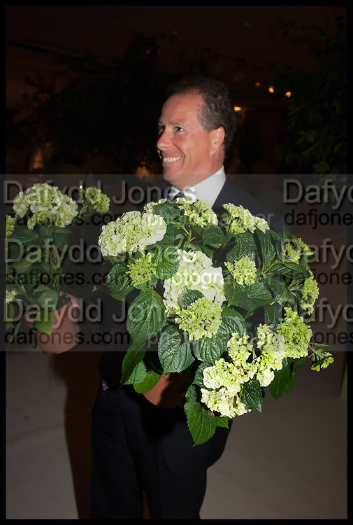 VISCOUNT LINLEY, Cartier dinner in celebration of the Chelsea Flower Show. The Palm Court at the Hurlingham Club, London. 19 May 2014.