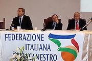 MINTURNO 29/11/2009<br /> FEDERAZIONE ITALIANA PALLACANESTRO FIP<br /> SCAURI 2010. IL BASKET NEL FUTURO<br /> NELLA FOTO MENEGHIN PETRUCCI LAGUARDIA<br /> FOTO CIAMILLO