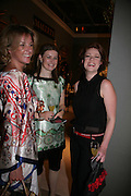 Julia Palmer, Charlotte Lundgrist and Isabella Seekings, New Collectors Evening. Grosvenor House Antiques Fair. Park Lane. 19 June 2007.  -DO NOT ARCHIVE-© Copyright Photograph by Dafydd Jones. 248 Clapham Rd. London SW9 0PZ. Tel 0207 820 0771. www.dafjones.com.