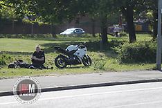 UKM_Man_Falls of Bike_Hyde_Road