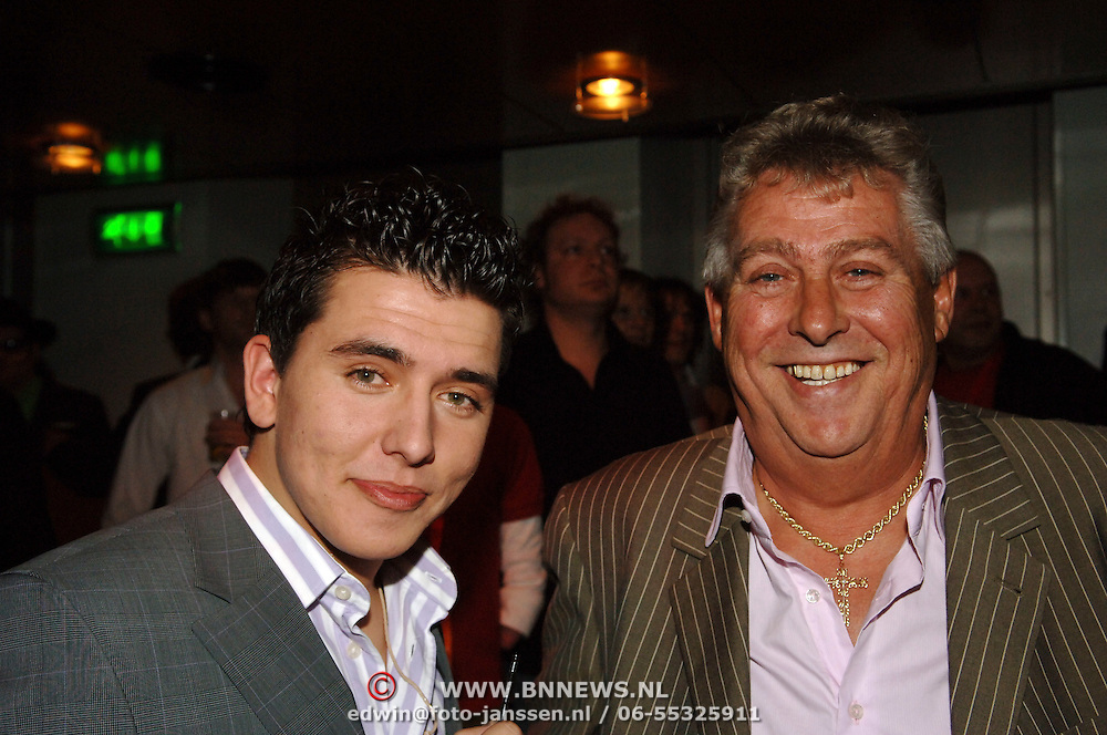 NLD/Amsterdam/20060315 - Uitreiking Edison 2006, Jan Smit en manager Jaap Buys