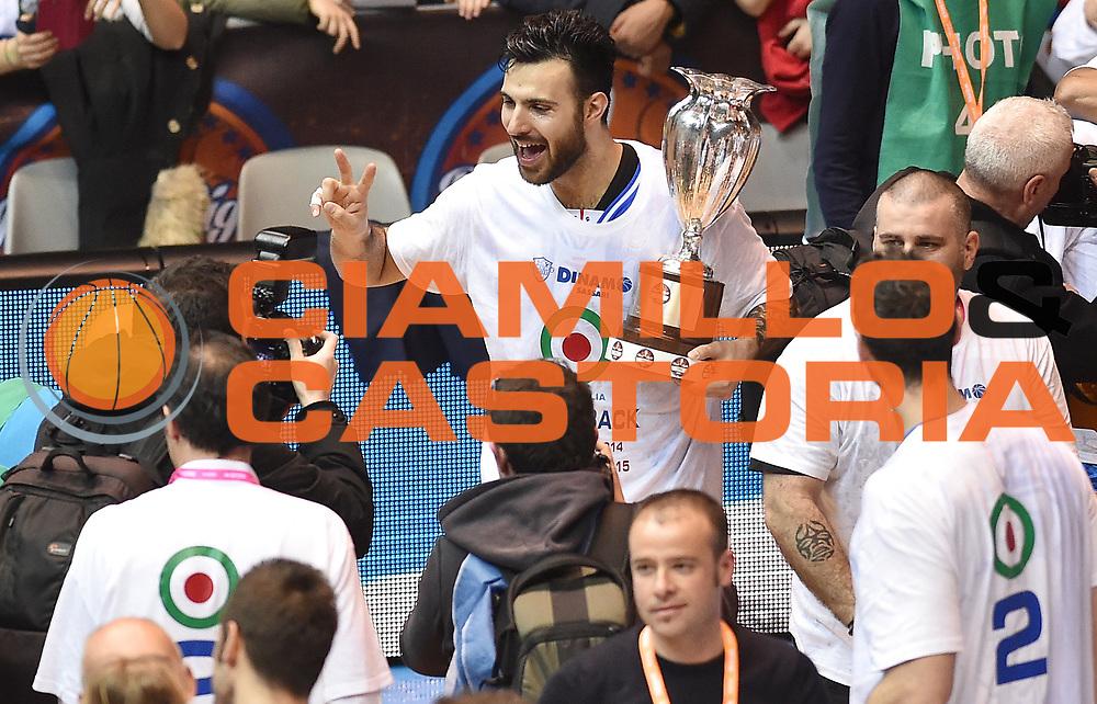 DESCRIZIONE : Final Eight Coppa Italia 2015 Finale Olimpia EA7 Emporio Armani Milano - Dinamo Banco di Sardegna Sassari<br /> GIOCATORE : Brian Sacchetti<br /> CATEGORIA : premiazione coppa premio awards<br /> SQUADRA : Banco di Sardegna Dinamo Sassari<br /> EVENTO : Final Eight Coppa Italia 2015<br /> GARA : Olimpia EA7 Emporio Armani Milano - Dinamo Banco di Sardegna Sassari<br /> DATA : 22/02/2015<br /> SPORT : Pallacanestro <br /> AUTORE : Agenzia Ciamillo-Castoria/A.Scaroni<br /> GALLERIA : Lega Basket A 2014-2015<br /> FOTONOTIZIA : Final Eight Coppa Italia 2015 Finale Olimpia EA7 Emporio Armani Milano - Dinamo Banco di Sardegna Sassari<br /> PREDEFINITA :