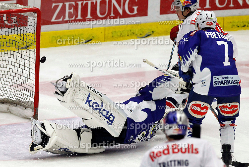 21.11. 2014, Stadthalle, Villach, AUT, EBEL, EC VSV vs EC Red Bull Salzburg, 19. Runde, im Bild v.l.Jean Philippe Lamoureux (VSV) und Klemen Pretnar (VSV) // during the Erste Bank Icehockey League 19th round match between EC VSV vs EC Red Bull Salzburg at the City Hall in Villach, Austria on 2014/11/21, EXPA Pictures © 2014, PhotoCredit: EXPA/ Oskar Hoeher