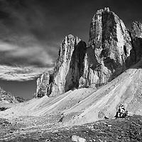 """North side of the Three Peaks of Lavaredo. The three peaks, from east to west, are: Cima Piccola/Kleine Zinne (""""little peak""""), Cima Grande/Große Zinne (""""big peak"""") and Cima Ovest/Westliche Zinne (""""western peak"""")."""