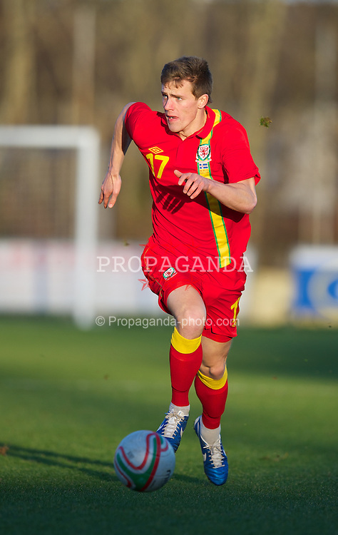LLANELLI, WALES - Wednesday, February 6, 2013: Wales' Robert Ogleby in action against Iceland during an International Friendly Under-21 match at Stebonheath Park. (Pic by David Rawcliffe/Propaganda)
