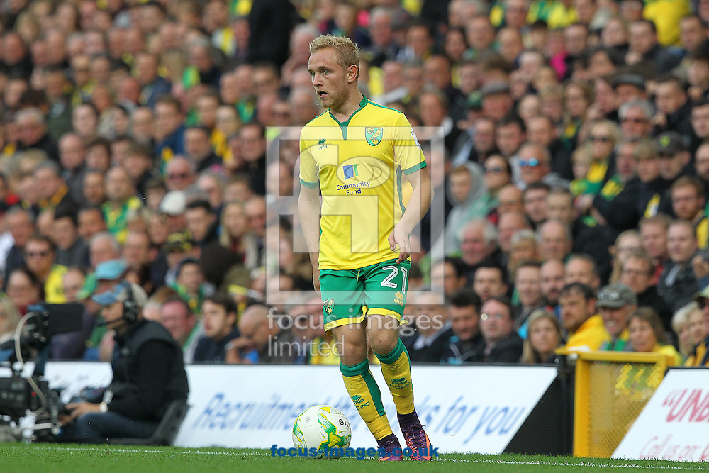 Alex Pritchard of Norwich in action during the Sky Bet Championship match at Carrow Road, Norwich<br /> Picture by Paul Chesterton/Focus Images Ltd +44 7904 640267<br /> 15/10/2016
