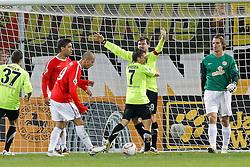 27.10.2010,  Tivoli, Aachen, GER, DFB Pokal, Alemannia Aachen vs Mainz 05, 2. Runde, im Bild: Mainzer sind deprimiert. 1:0 fuer Aachen. Bejamin Auer (Aachen #9) jubelt mit Zoltan Stieber (Aachen #7)  EXPA Pictures © 2010, PhotoCredit: EXPA/ nph/  Mueller+++++ ATTENTION - OUT OF GER +++++