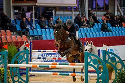 MOELLER, Joerg (GER), CORA 642<br /> Neustadt-Dosse - 20. CSI Neustadt-Dosse 2020<br /> Preis der Saak Beton- und Umwelttechnik GmbH<br /> Ehrenpreis gegeben von Devoucoux<br /> 7 & 8j. Pferde<br /> Int. Springprüfung nach Strafpunkten und Zeit<br /> 09. Januar 2020<br /> © www.sportfotos-lafrentz.de/Stefan Lafrentz