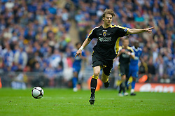 LONDON, ENGLAND - Saturday, May 17, 2008: Cardiff City's Glenn Loovens in action against Portsmouth during the FA Cup Final at Wembley Stadium. (Photo by David Rawcliffe/Propaganda)