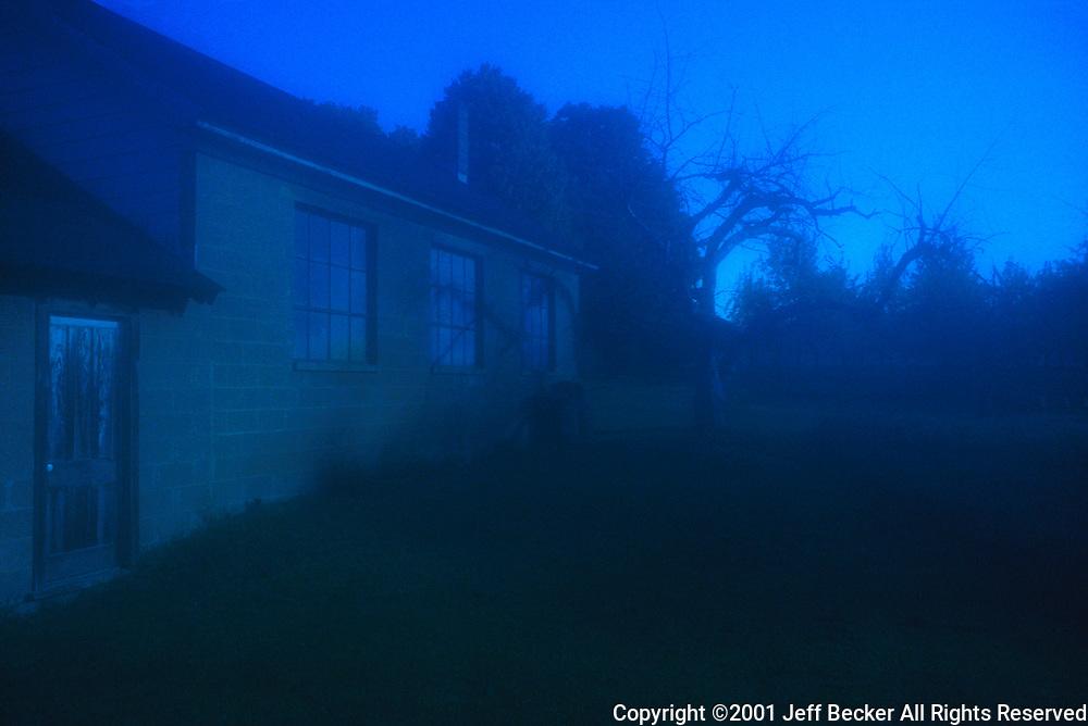 Moonlight Apple Barn<br /> &copy;2001 Jeff Becker<br /> All Rights Reserved<br /> 5 Cedar Hill Road<br /> Easton, CT 06612<br /> 203.261.9765<br /> 203.526.4059