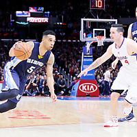 23 February 2015: Memphis Grizzlies guard Courtney Lee (5) drives past Los Angeles Clippers guard J.J. Redick (4) during the Memphis Grizzlies 90-87 victory over the Los Angeles Clippers, at the Staples Center, Los Angeles, California, USA.