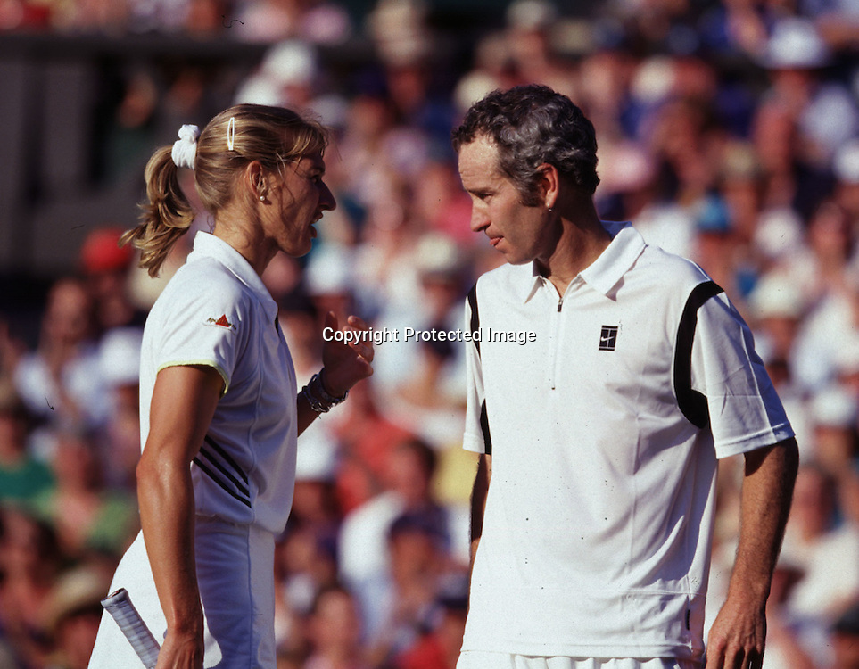 Tennis,Wimbledon,Steffi Graf,John McEnroe,Doppel,Mixed,sprechen miteinander,QF,