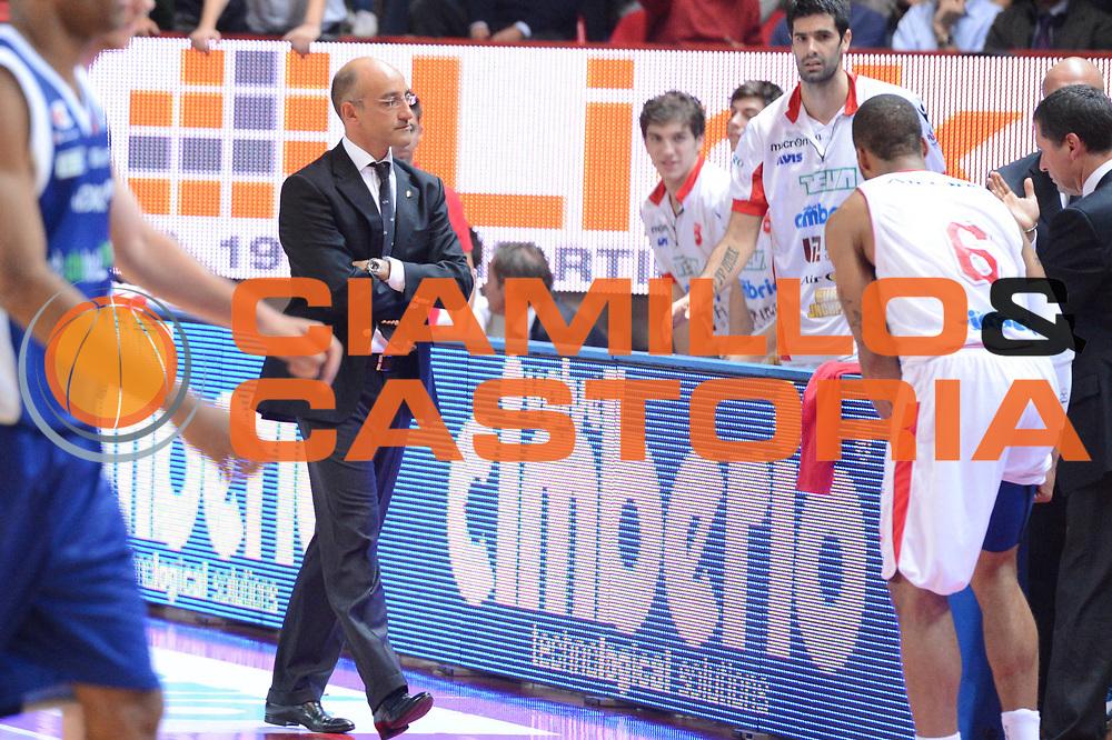 DESCRIZIONE : Varese Lega A 2012-13 Cimberio Varese cheBolletta Cantu<br /> GIOCATORE :  Francesco Vitucci Achille Polonara<br /> CATEGORIA : ritratto curiosita<br /> SQUADRA : Cimberio Varese<br /> EVENTO : Campionato Lega A 2012-2013<br /> GARA : Cimberio Varese cheBolletta Cantu<br /> DATA : 29/10/2012<br /> SPORT : Pallacanestro <br /> AUTORE : Agenzia Ciamillo-Castoria/GiulioCiamillo<br /> Galleria : Lega Basket A 2012-2013  <br /> Fotonotizia : Varese Lega A 2012-13 Cimberio Varese cheBolletta Cantu<br /> Predefinita :