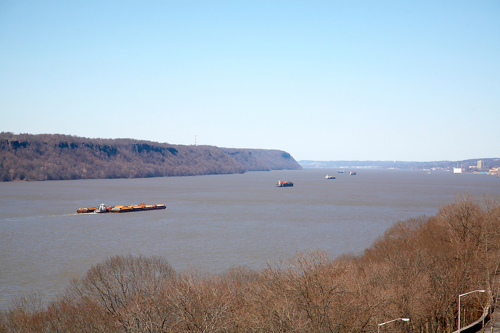 View up the Hudson River from 875 West 181st Street