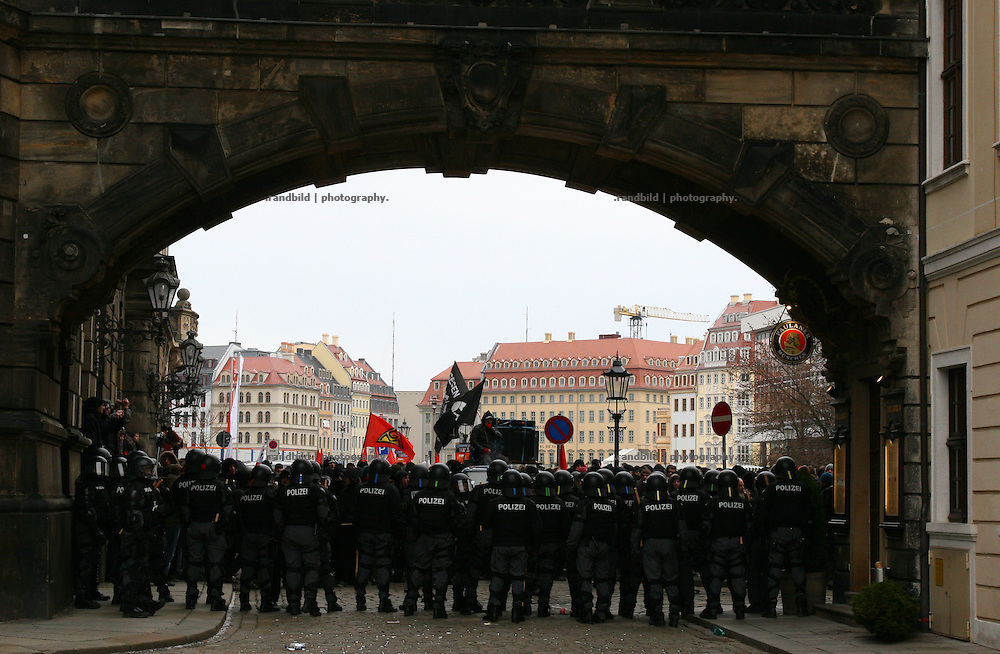 About 15.000 people demonstrate in Dresden (picture)  against a huge neonazi march through the town. On the occasion of the remembrance day of the Dresden bombings (13.Feb.) 8.000 neonazis demonstrate against the allied troops which struggled down the hitler regime 1945.