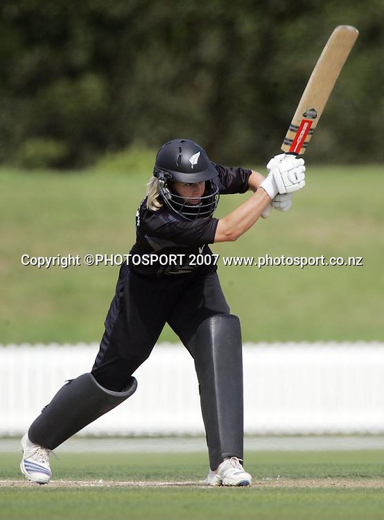 Ingrid Cronin-Knight in action. White Ferns v England. International Women's Cricket. Bert Sutcliffe Oval, Lincoln, New Zealand. 28 February 2008. Photo: Hagen Hopkins/PHOTOSPORT